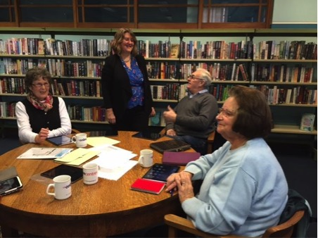 Our Chief Executive Helen Milner OBE visits Aspley Library in Nottingham. Photo credit: Tinder Foundation