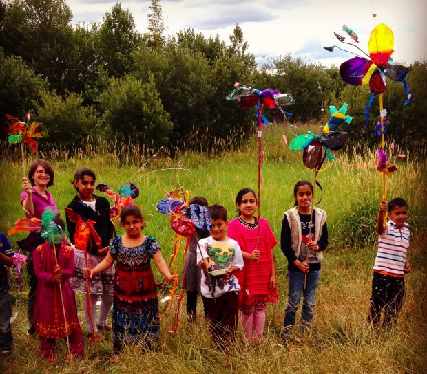 Bringing stories to life while exploring Dewsbury Country Park. Photo credit: Kirklees Libraries