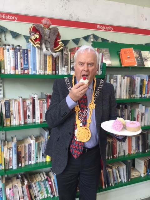 Mayor of Tetbury, complete with knitted chain of office and cakes.