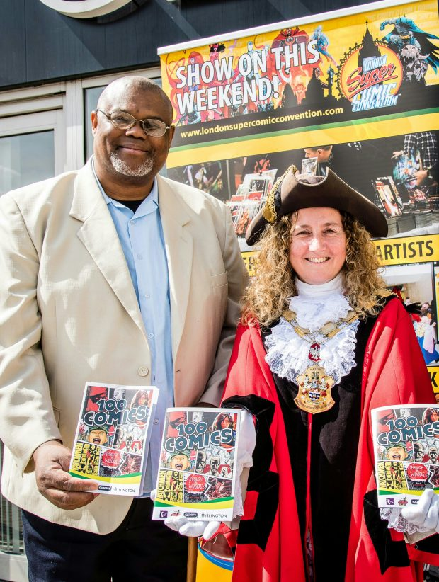 Photo of Councillor Raphael Andrews (Reading Champion) and Mayor of Islington (Councillor Una O'Halloran) at the London Super Comics con.